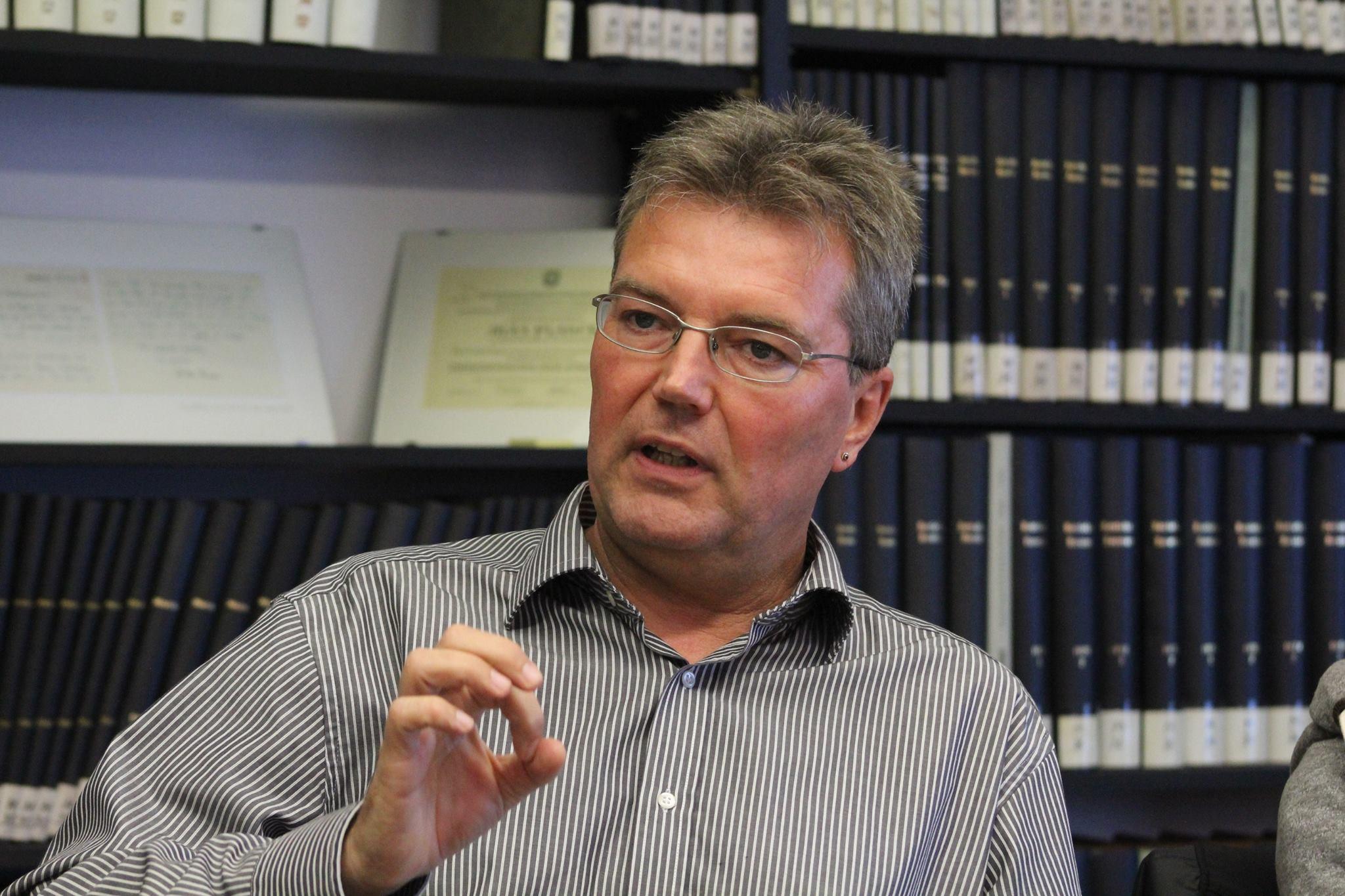Lars Harms, Spitzenkandidat des SSW für die Landtagswahl 2017, beim Fraktionsbesuch im Max Planck Zimmer des Kieler Rathauses